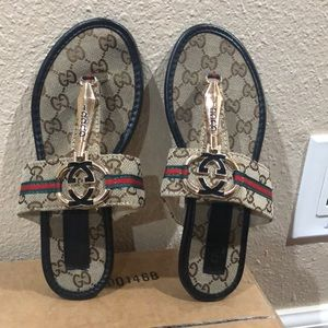 Woman's Gucci Sandals